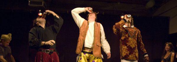 spettacoli con attori ubriachi